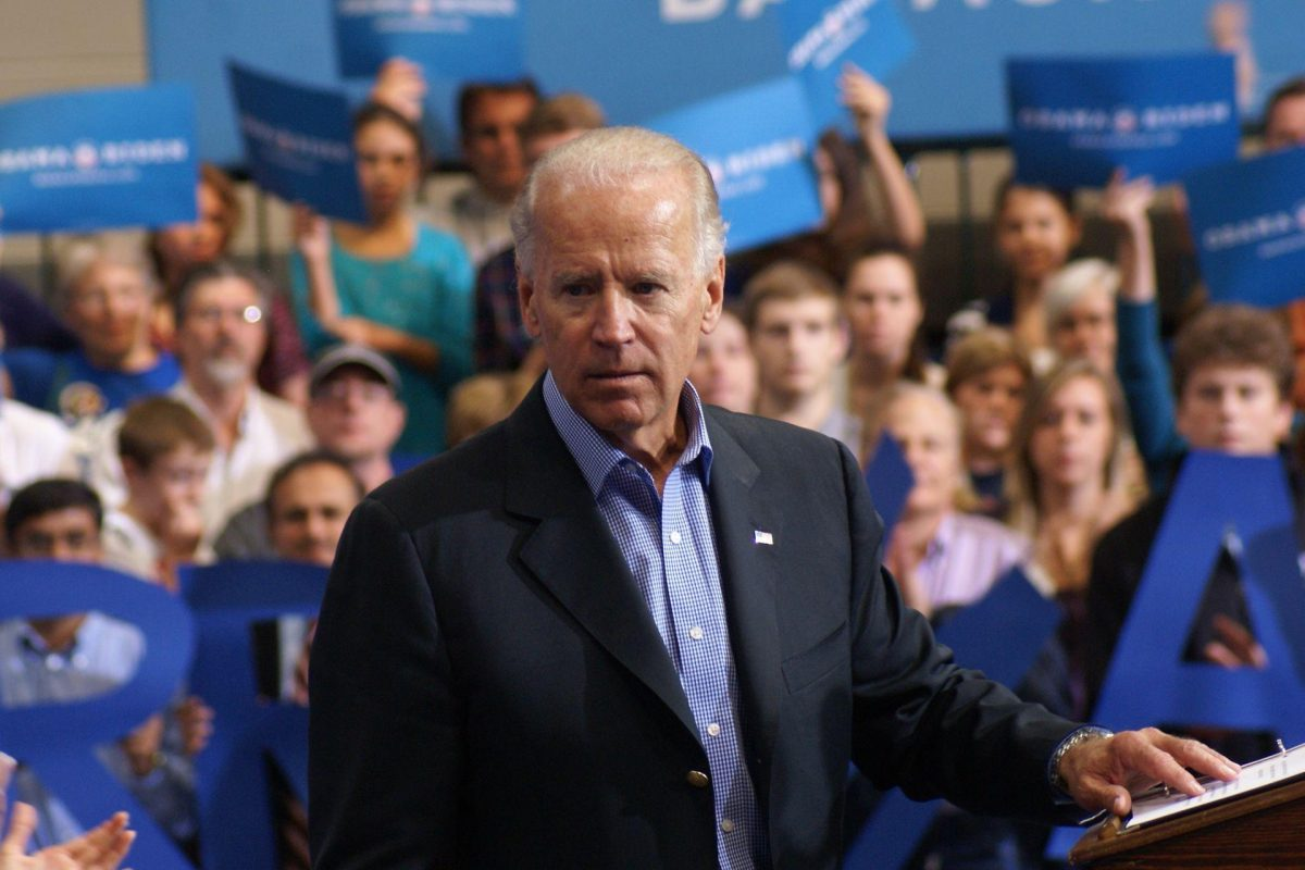 Federal Judge Requires Feds to Continue Deportations Despite Biden Pause