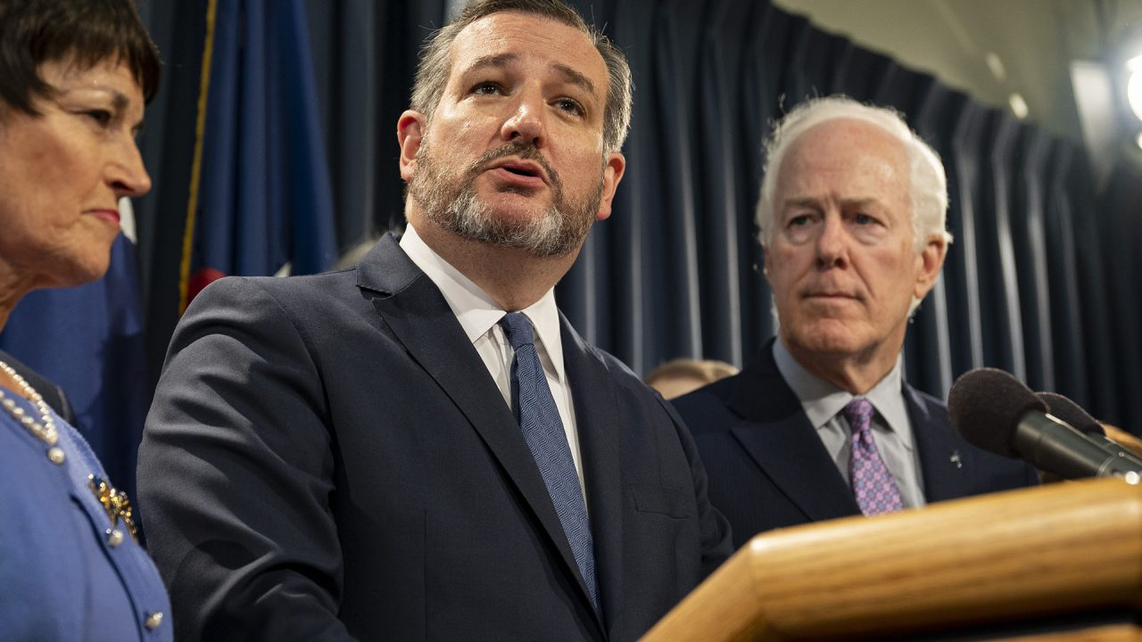 https://thetexan.news/wp-content/uploads/2019/07/CRUZ-CORNYN_DSC00664-rz-1280x720.jpg