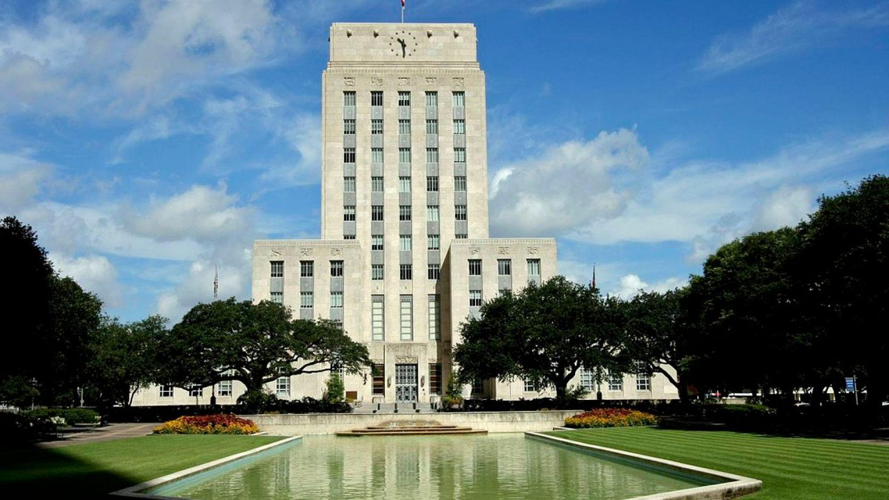 https://thetexan.news/wp-content/uploads/2019/07/Houston-City-Hall-2-1280x720.jpg