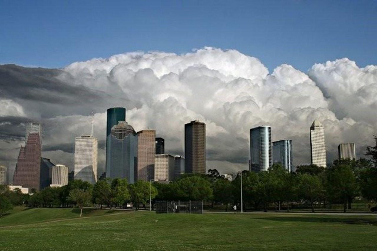 https://thetexan.news/wp-content/uploads/2019/08/Houston-Clouds-1280x852.jpg