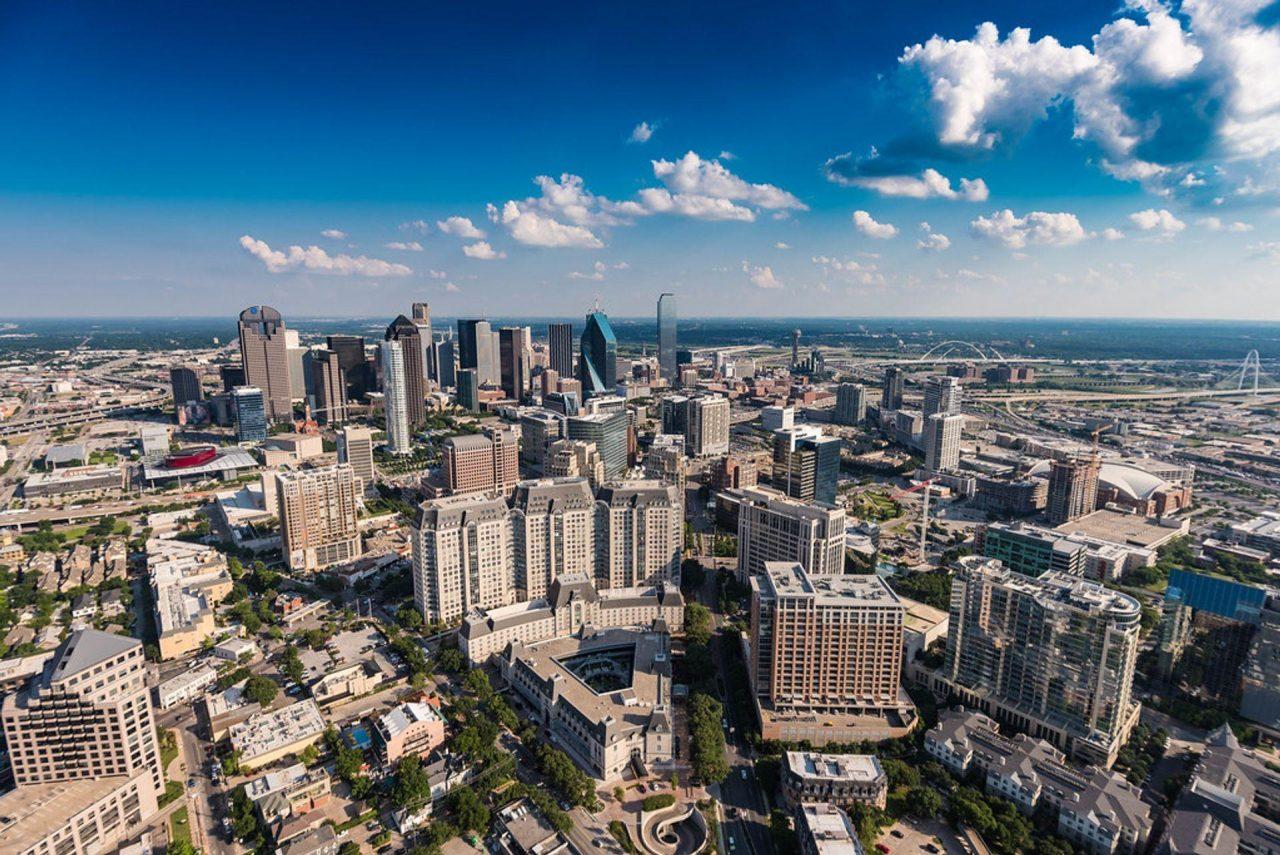 https://thetexan.news/wp-content/uploads/2019/09/Dallas-Skyline-1280x855.jpg