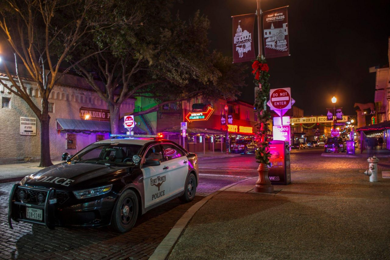 https://thetexan.news/wp-content/uploads/2019/09/Fort_worth_Police_Ford_Taurus_PI_on_Scene_at_Assult-1-1280x853.jpg