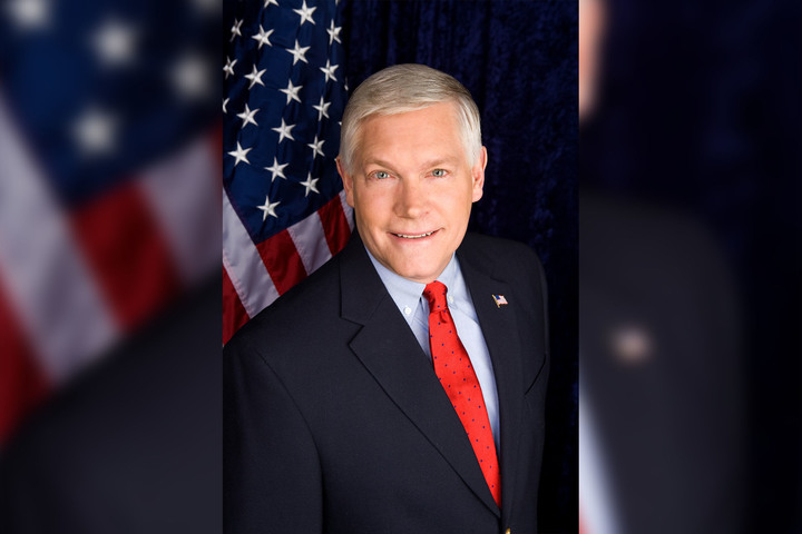 https://thetexan.news/wp-content/uploads/2019/10/Pete_Sessions.jpg