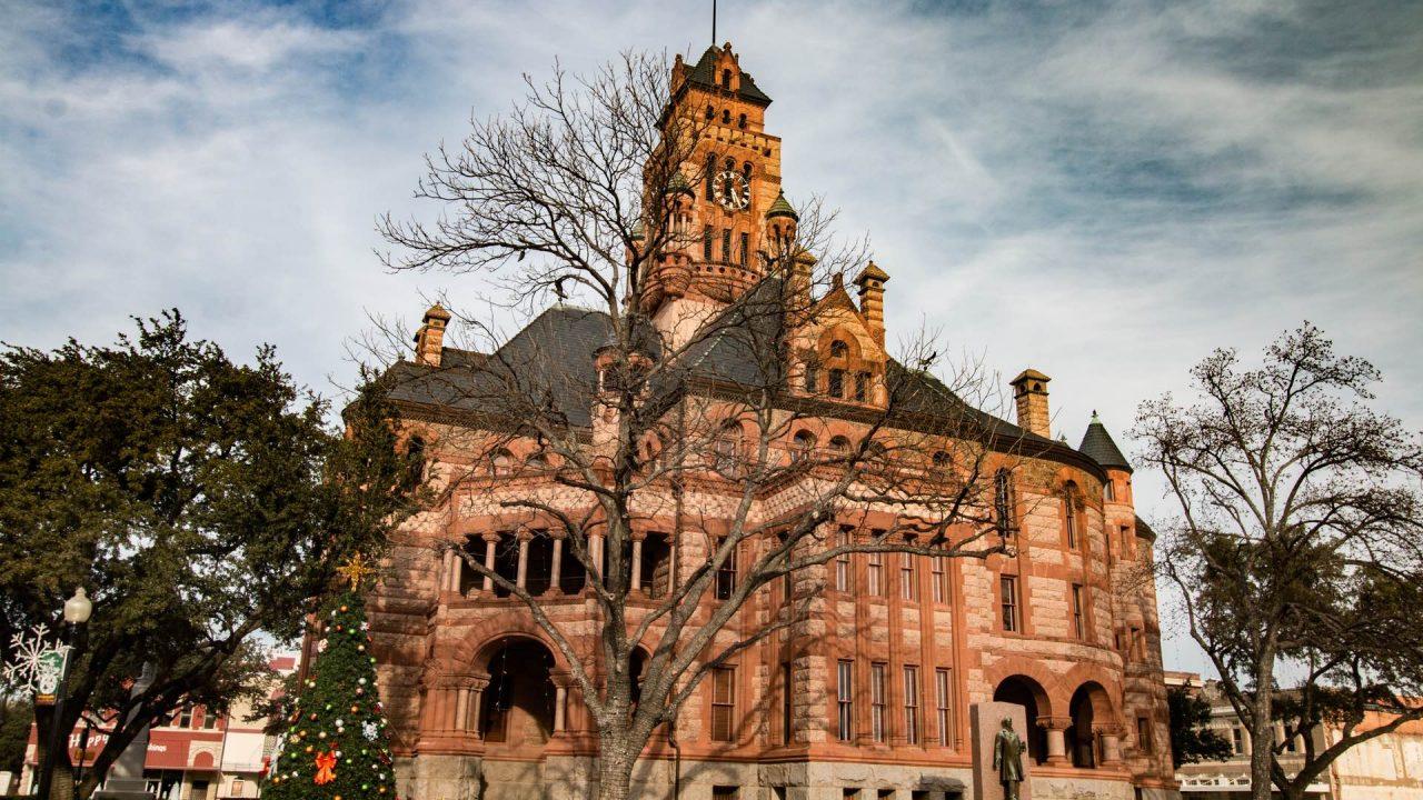 https://thetexan.news/wp-content/uploads/2019/11/Ellis-County-Courthouse-1280x720.jpg