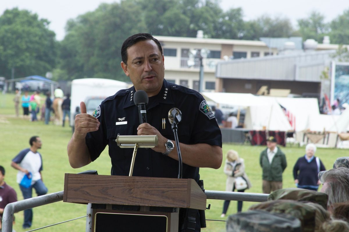 Houston Police Chief Politicizes Officer's Death to Criticize Cornyn, Cruz