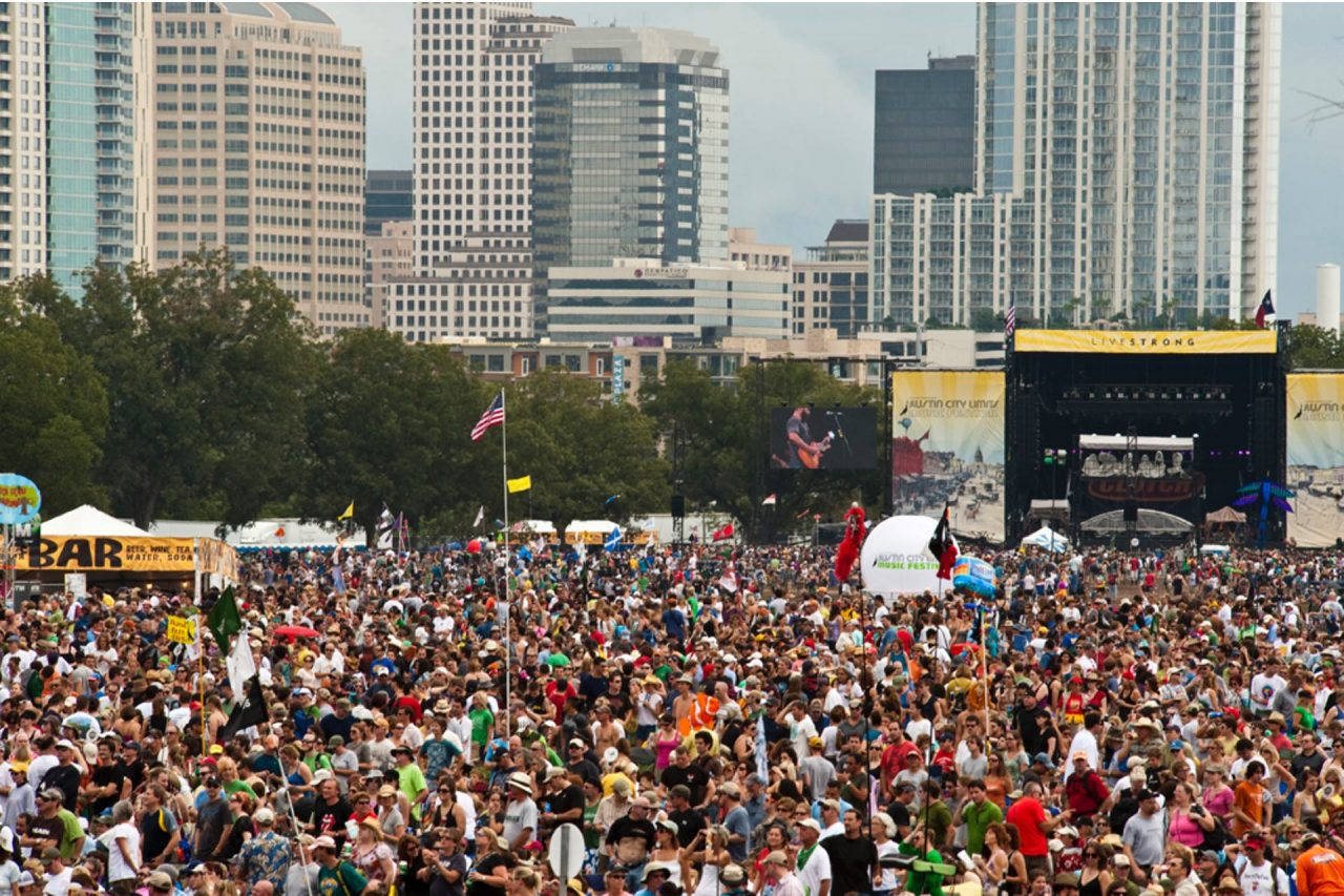 https://thetexan.news/wp-content/uploads/2020/01/ACL-Crowd-1280x853.jpg