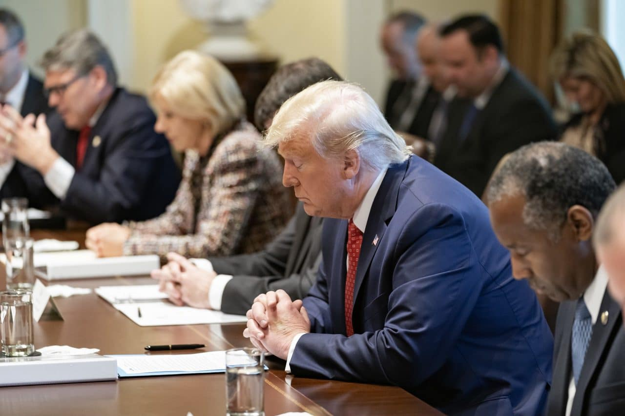 https://thetexan.news/wp-content/uploads/2020/01/Trump-Praying-1280x853.jpg