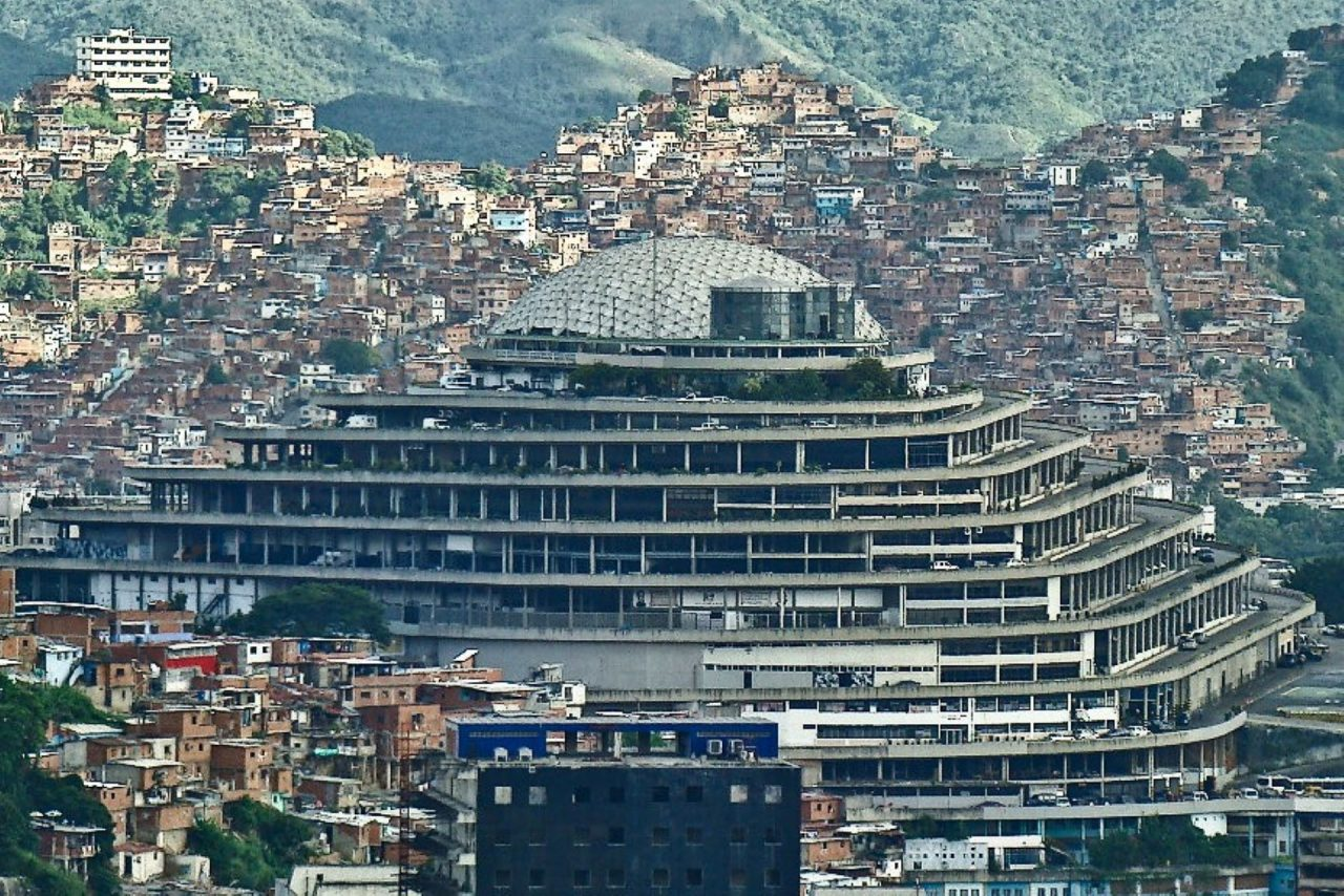 https://thetexan.news/wp-content/uploads/2020/02/Helicoide-Venezuela-1280x854.jpg