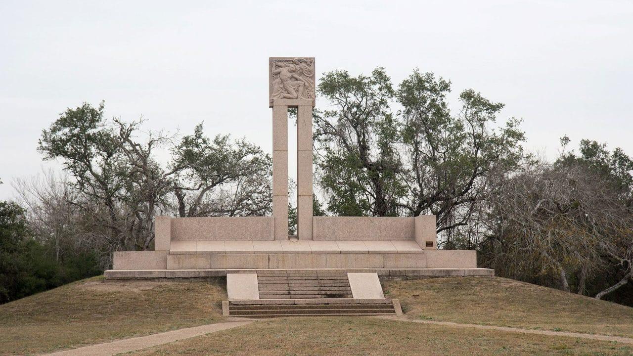 https://thetexan.news/wp-content/uploads/2020/03/Monument_at_Goliad_Massacre-1280x720.jpg