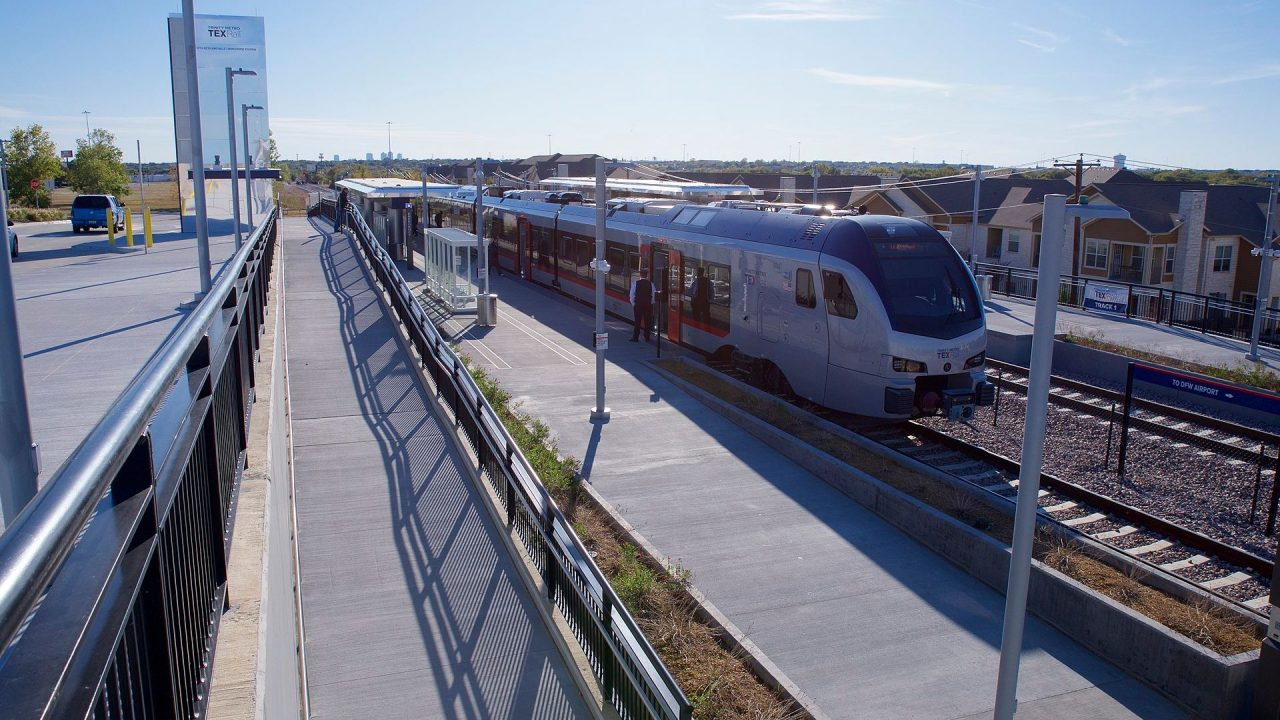 https://thetexan.news/wp-content/uploads/2020/04/texrail_transit-1280x720.jpg