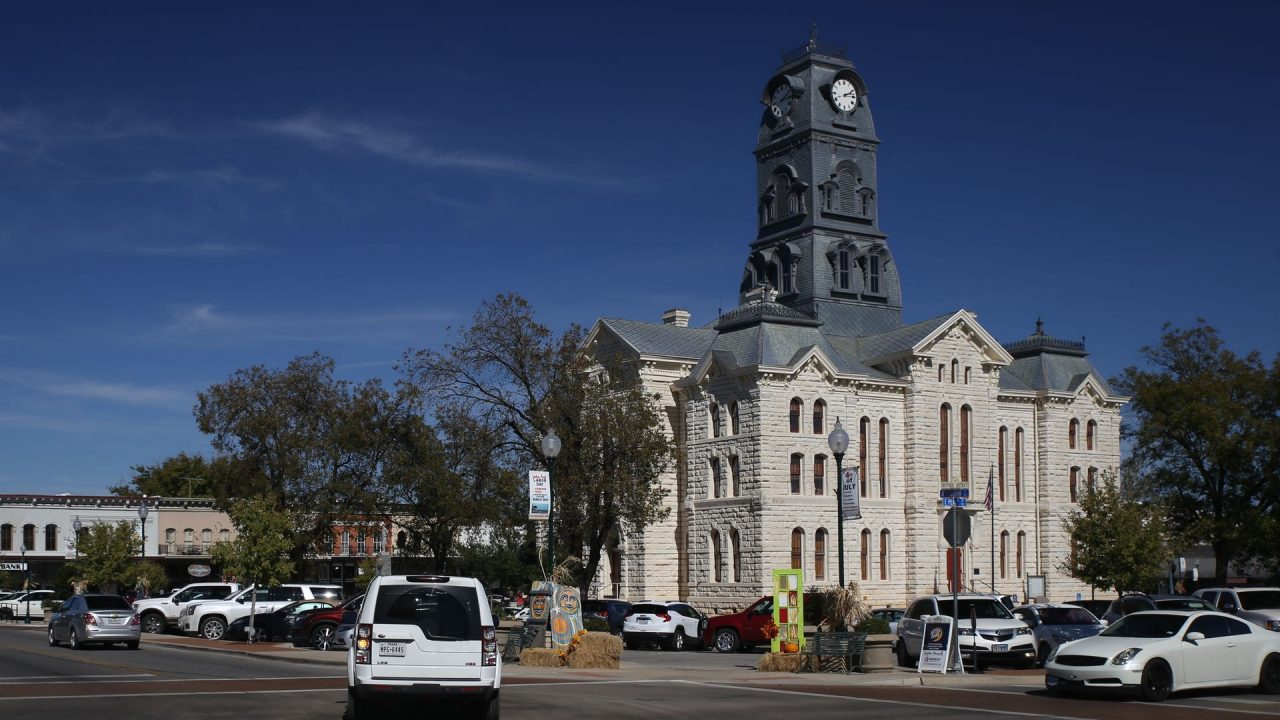 https://thetexan.news/wp-content/uploads/2020/05/Hood-County-Courthouse-1280x720.jpg