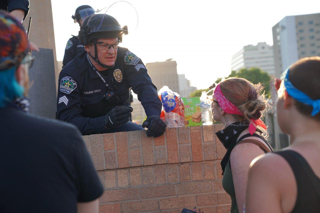 https://thetexan.news/wp-content/uploads/2020/06/APD-Protest-Officer2-1280x853.jpg