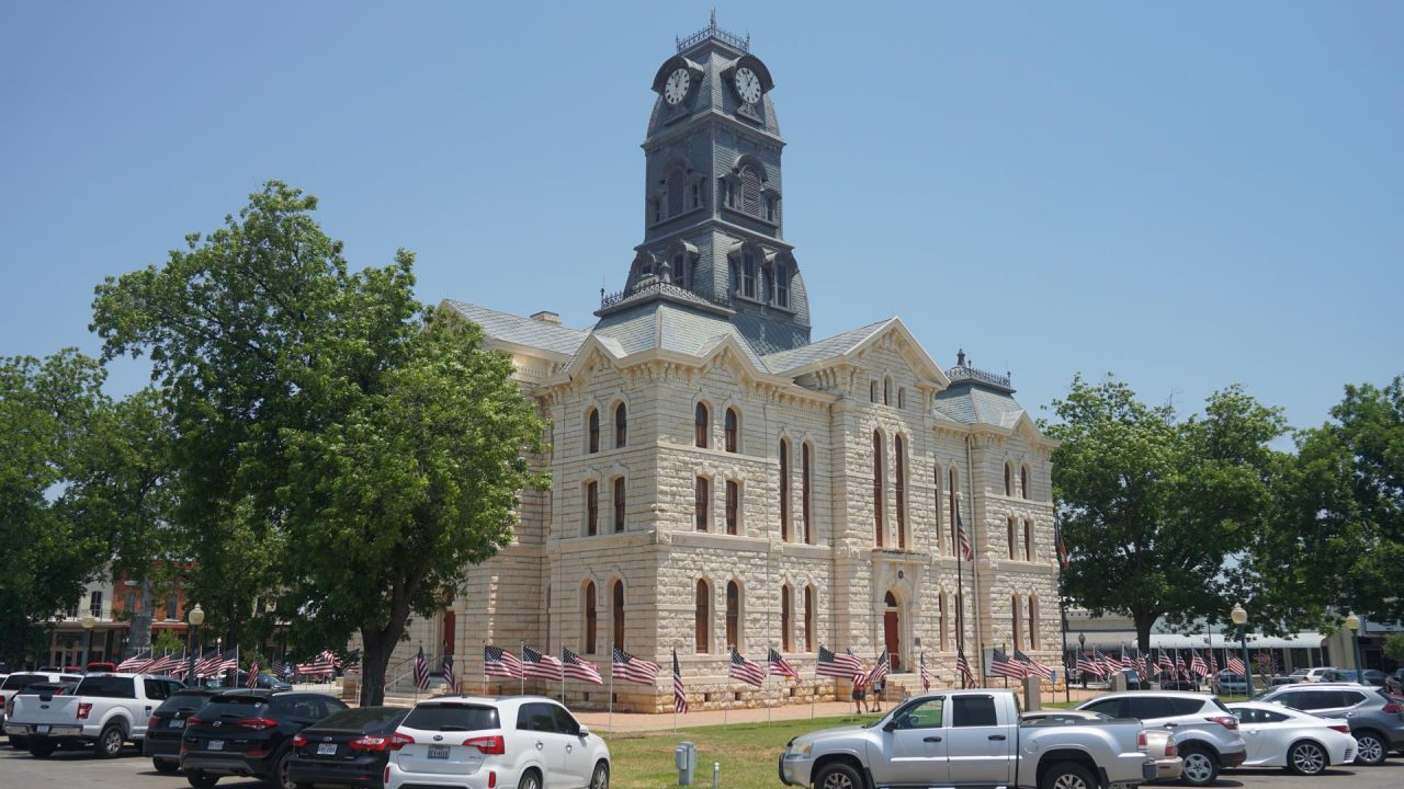 https://thetexan.news/wp-content/uploads/2020/06/Hood-County-Courthouse-1280x720.jpg