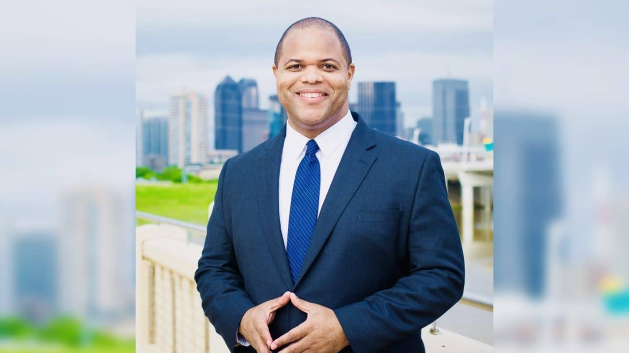 https://thetexan.news/wp-content/uploads/2020/06/Mayor-Eric-Johnson-1280x720.jpg