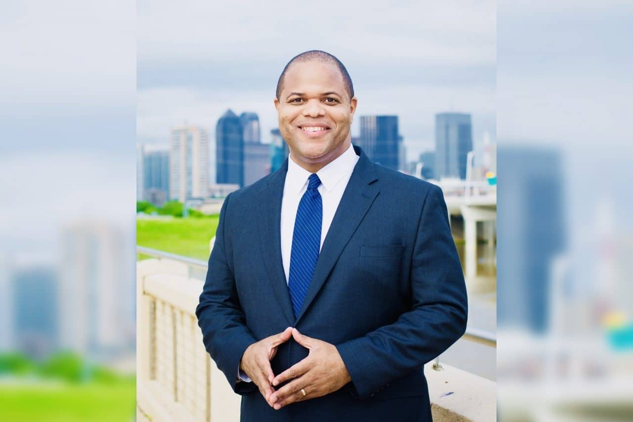 https://thetexan.news/wp-content/uploads/2020/06/Mayor-Eric-Johnson-1280x853.jpg