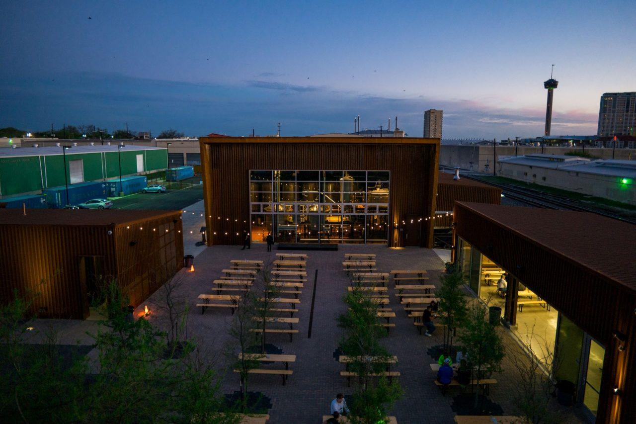 https://thetexan.news/wp-content/uploads/2020/07/Breweries-Alamo-Brewing-1280x853.jpg