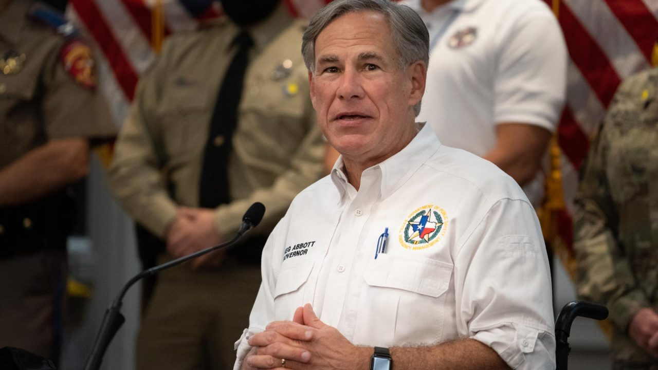 https://thetexan.news/wp-content/uploads/2020/08/Abbott-Hurricane-Presser-4-1280x720.jpg