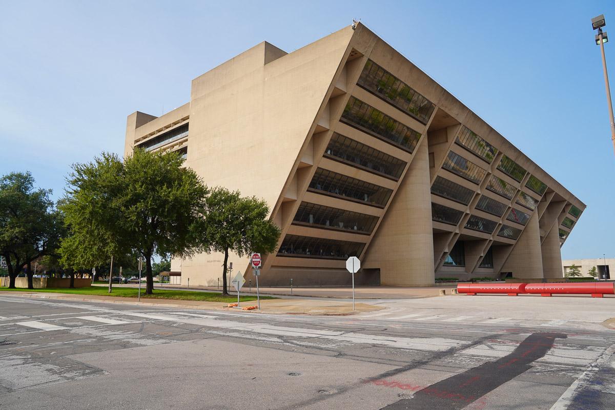 https://thetexan.news/wp-content/uploads/2020/09/Dallas-City-Hall.jpg
