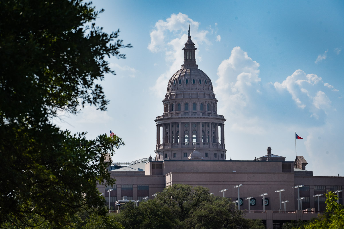 https://thetexan.news/wp-content/uploads/2020/09/Texas-State-Capitol-2.jpg