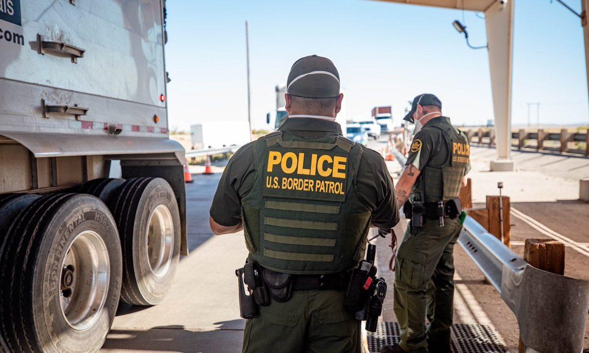 https://thetexan.news/wp-content/uploads/2020/09/US-Border-Patrol-1200x720.jpg
