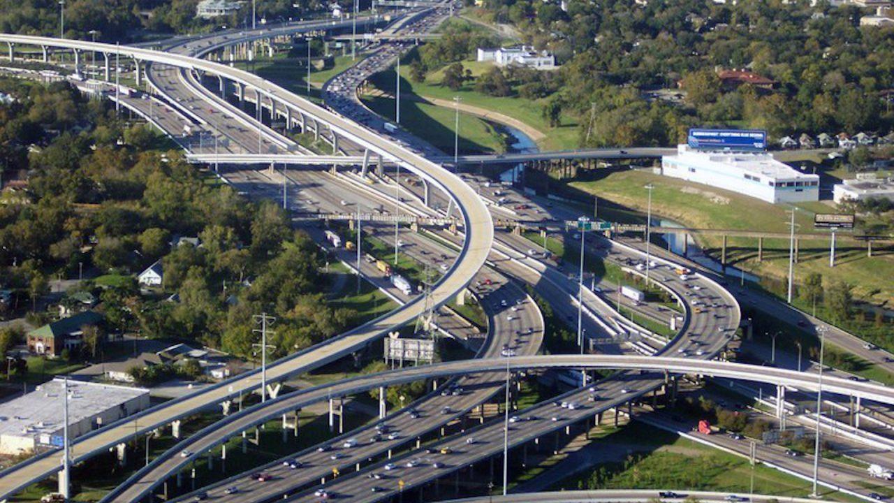 https://thetexan.news/wp-content/uploads/2020/09/houston-toll-roads-1280x720.jpg