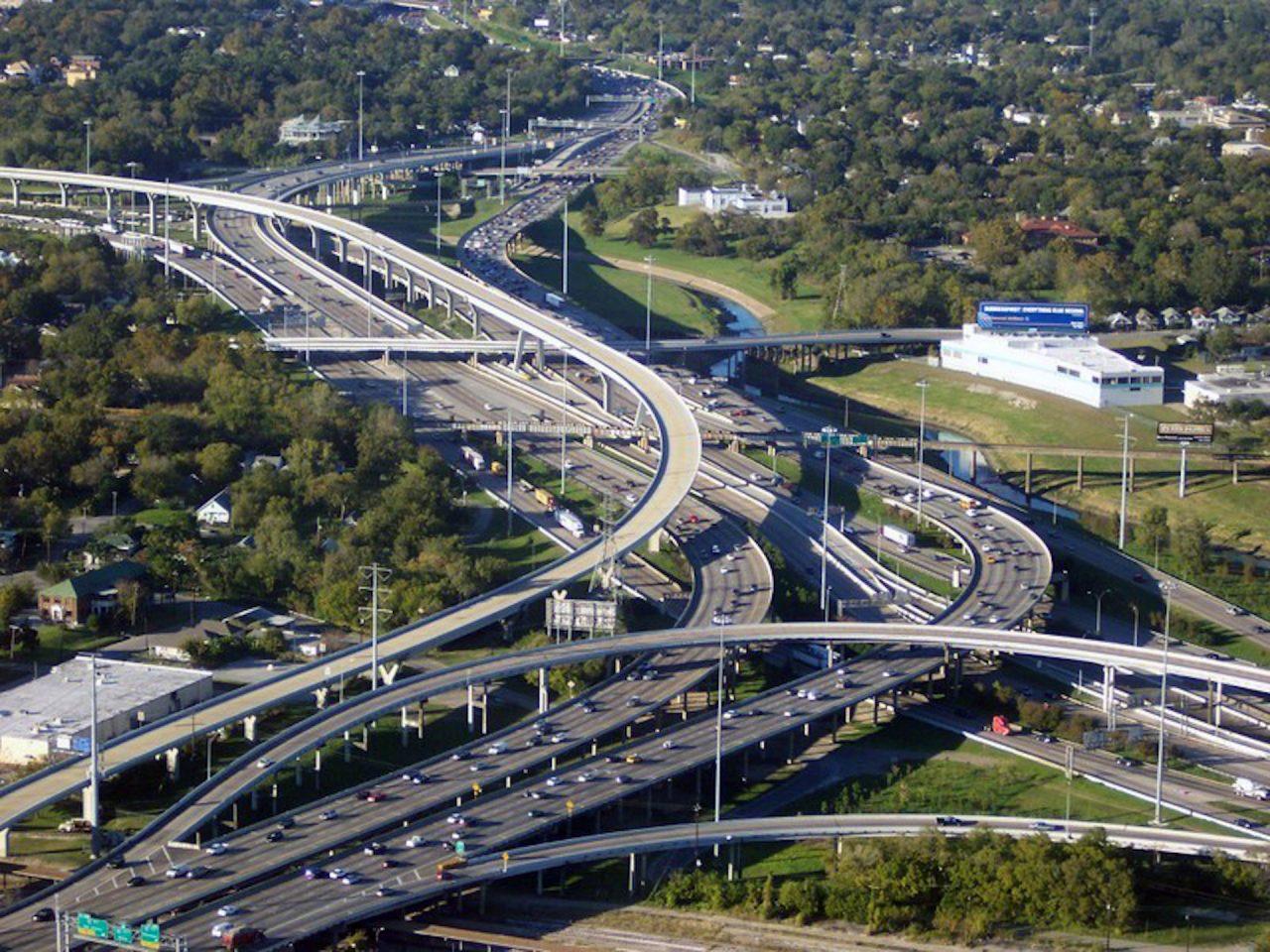 https://thetexan.news/wp-content/uploads/2020/09/houston-toll-roads-1280x960.jpg