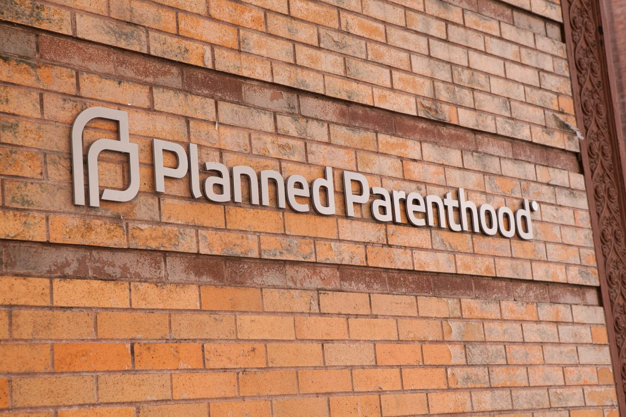 https://thetexan.news/wp-content/uploads/2020/09/planned-parenthood-1-min-1280x853.jpg