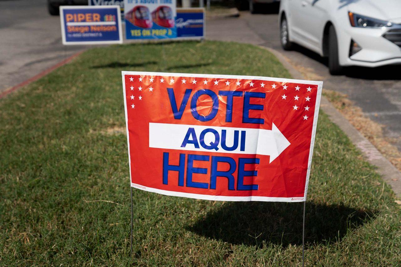 https://thetexan.news/wp-content/uploads/2020/10/Austin-Early-Voting-05-1280x853.jpg