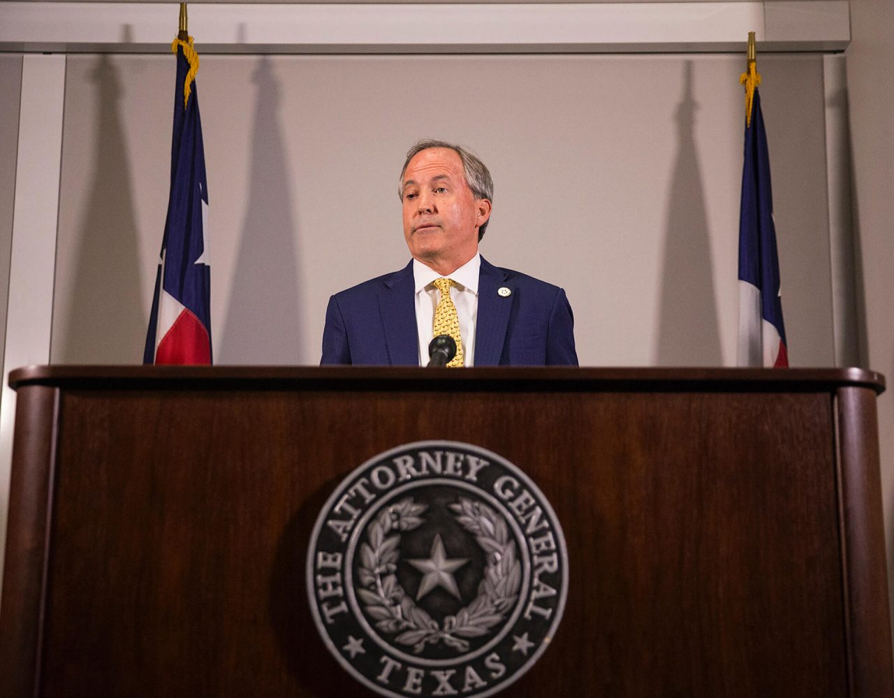 https://thetexan.news/wp-content/uploads/2020/10/Ken-Paxton-1-1280x999.jpg