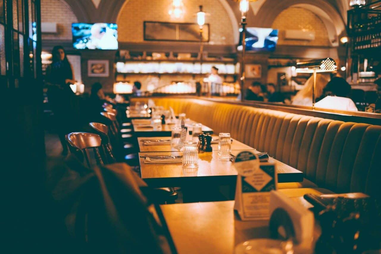 https://thetexan.news/wp-content/uploads/2020/12/November-Unemployment-Restaurant-1280x853.jpg