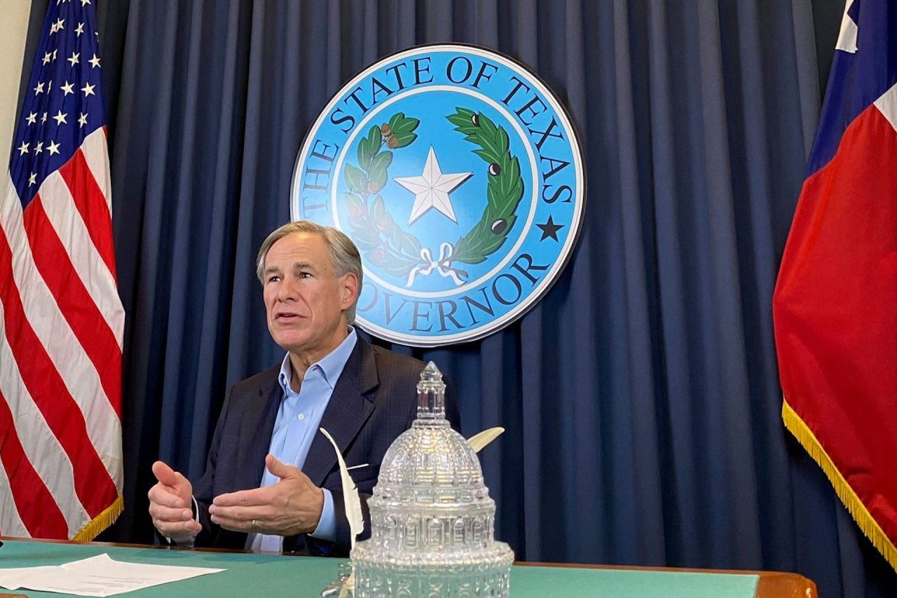 https://thetexan.news/wp-content/uploads/2020/12/greg-abbott-texas-governor-1280x853.jpg