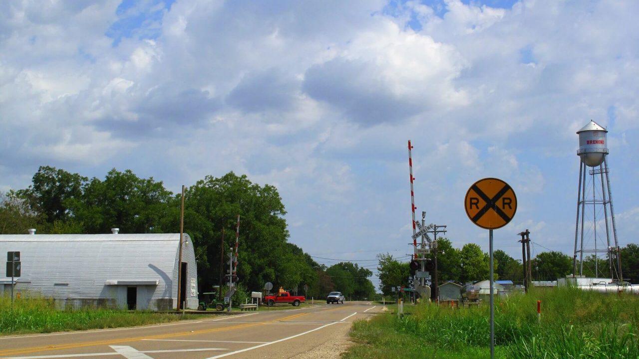 https://thetexan.news/wp-content/uploads/2020/12/rural-texas-central-railroad-eminent-domain-1280x720.jpg