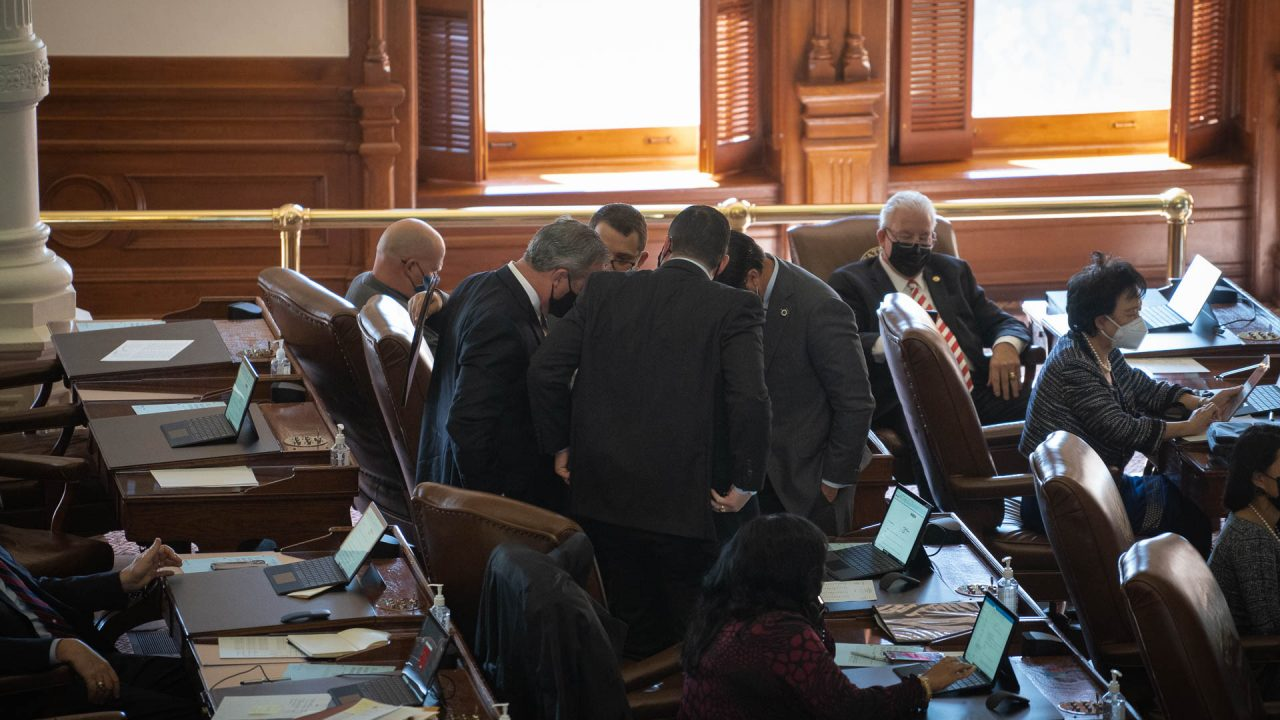 https://thetexan.news/wp-content/uploads/2021/01/House-Floor-Huddle-DF-1280x720.jpg