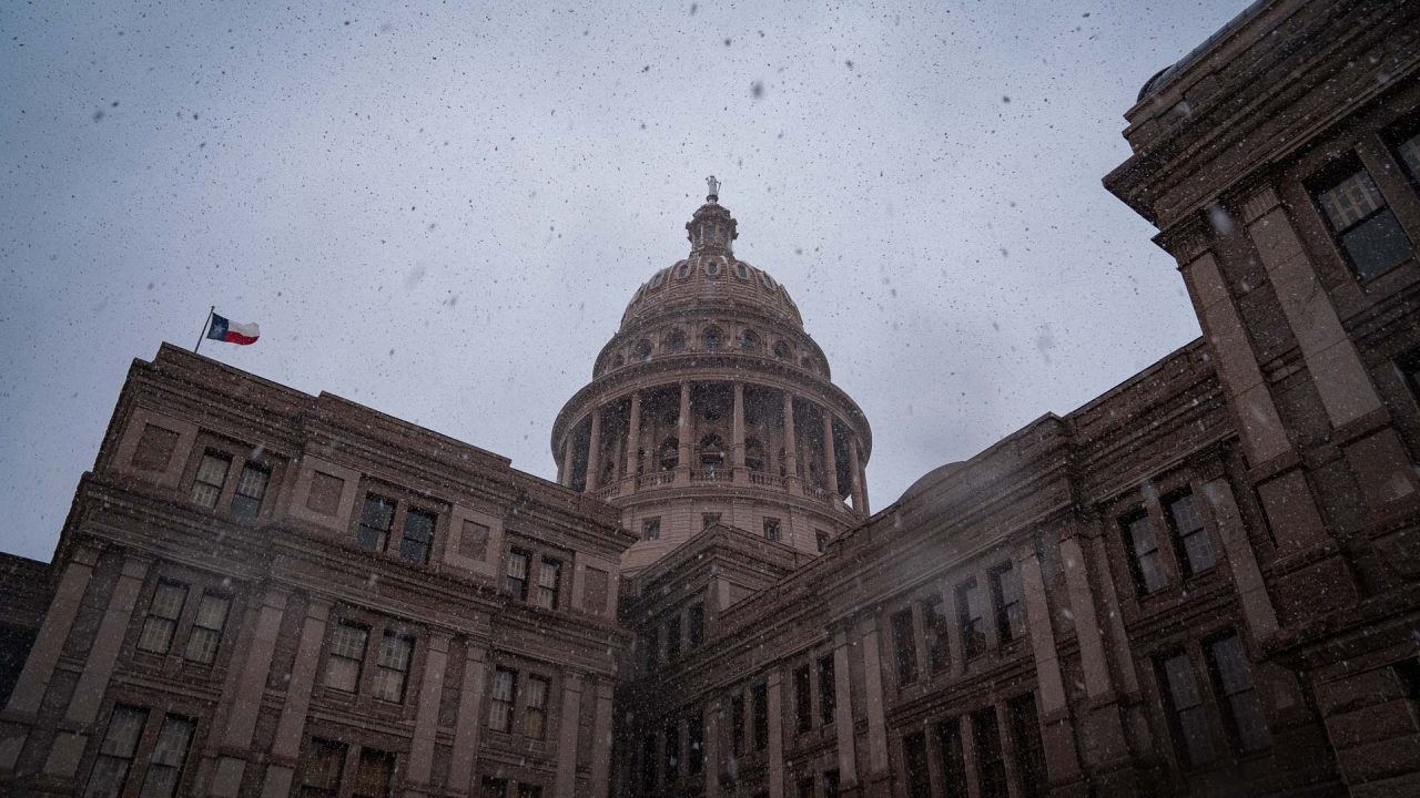 https://thetexan.news/wp-content/uploads/2021/01/Texas-Capitol-with-Snow-DF-2-1280x720.jpg