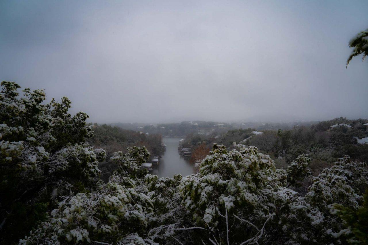 https://thetexan.news/wp-content/uploads/2021/02/Austin-Snowstorm-DF-3-1280x853.jpg