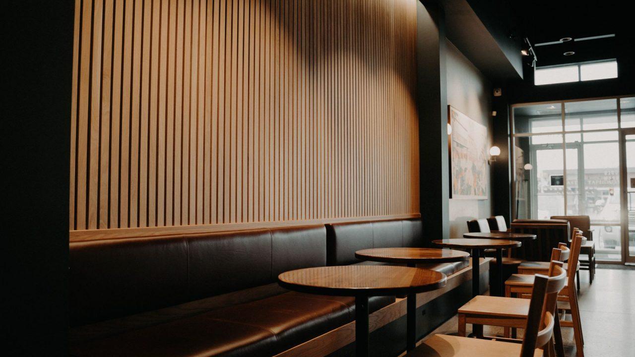 https://thetexan.news/wp-content/uploads/2021/02/Empty-Restaurant-1280x720.jpg