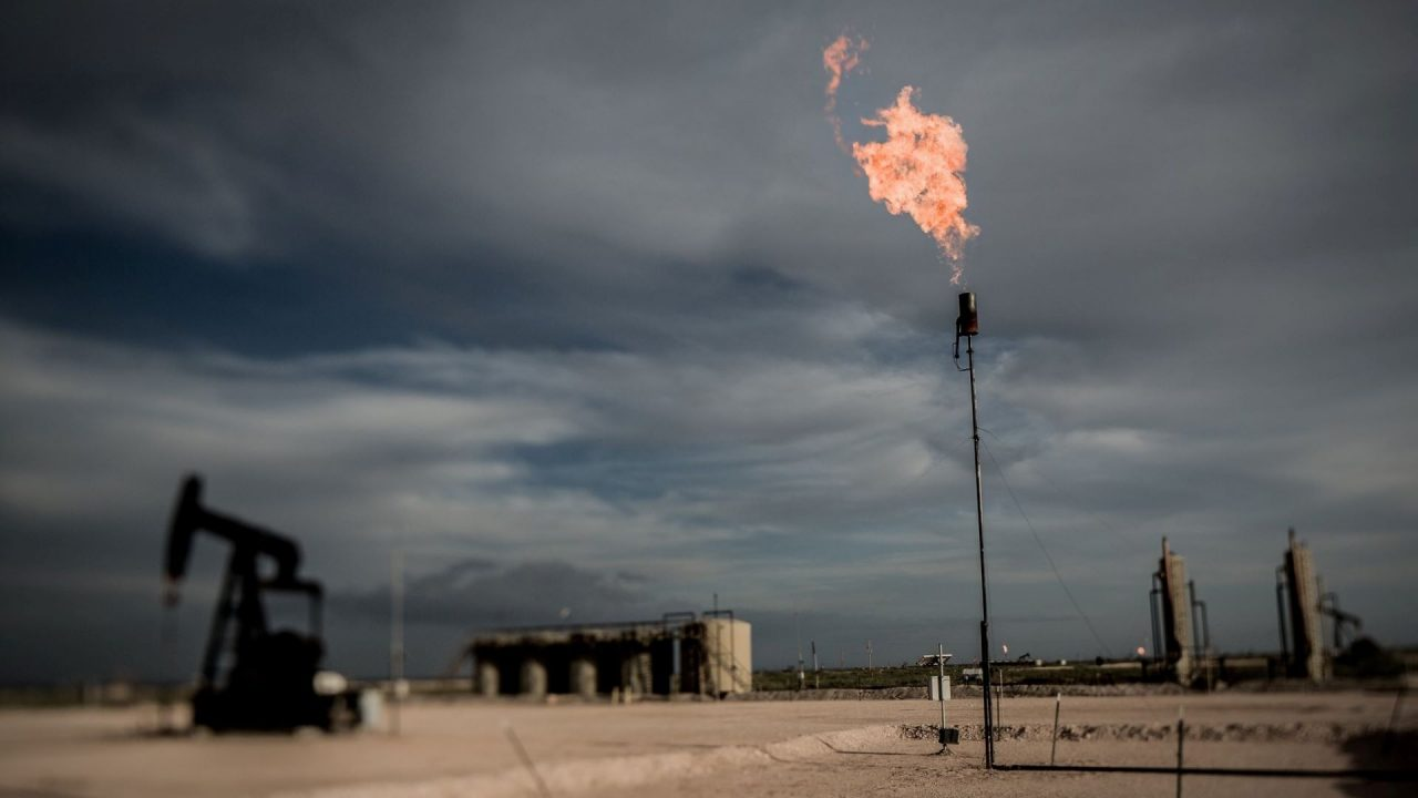https://thetexan.news/wp-content/uploads/2021/02/Gas-Flare-Permian-Basin-1280x720.jpg