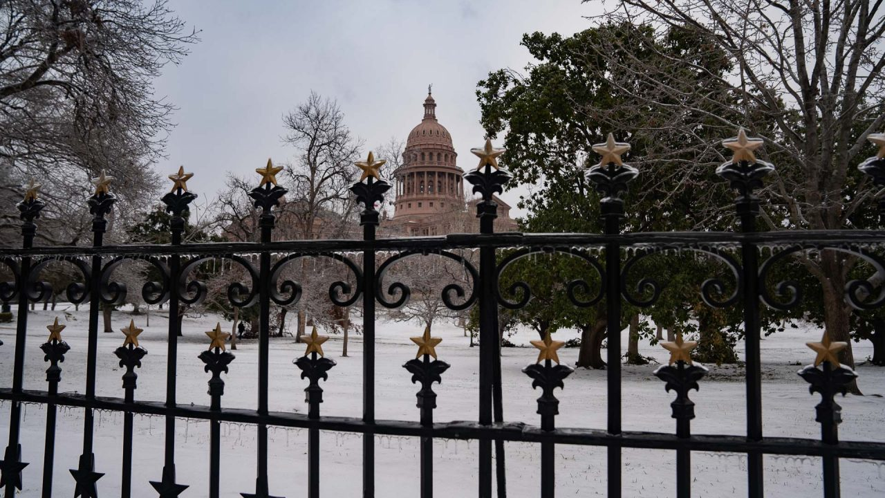 https://thetexan.news/wp-content/uploads/2021/02/Texas-Capitol-During-Freeze-8-DF-1280x720.jpg