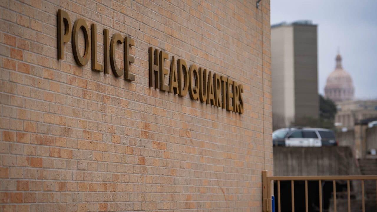 https://thetexan.news/wp-content/uploads/2021/03/Austin-Police-Department-DF-2-1280x720.jpg