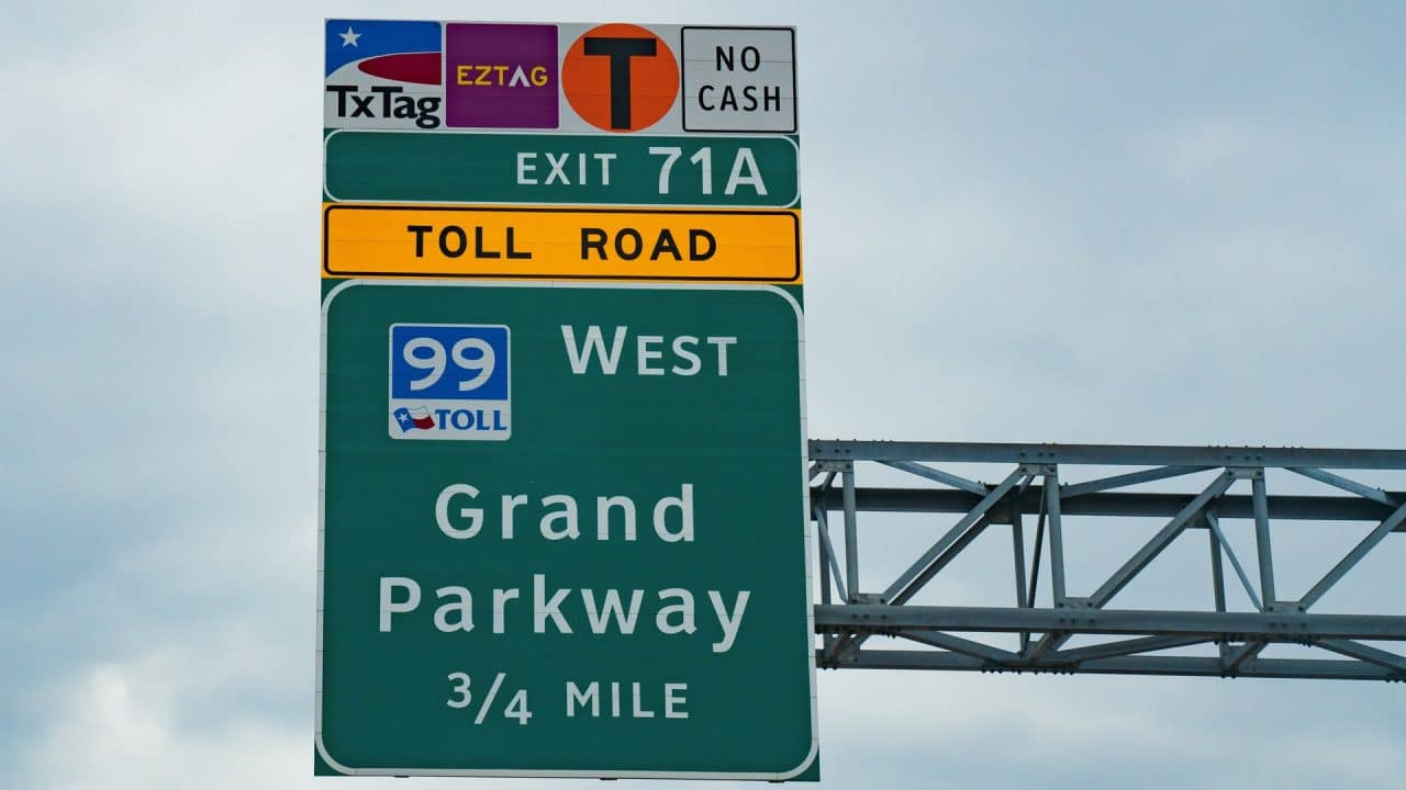 https://thetexan.news/wp-content/uploads/2021/03/Toll-Road-Houston-1280x720.jpg