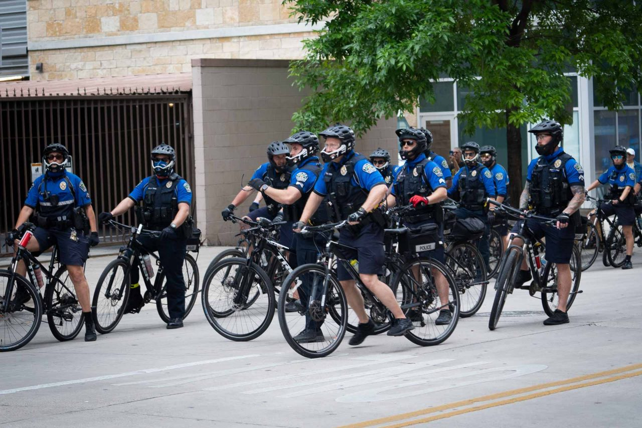 https://thetexan.news/wp-content/uploads/2021/05/Austin-Police-APD-BJ-1280x853.jpg