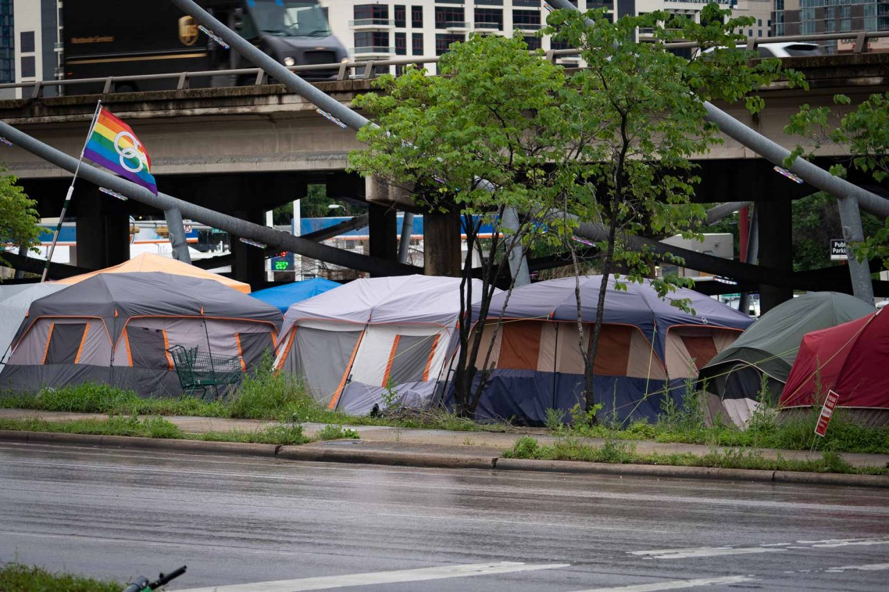 https://thetexan.news/wp-content/uploads/2021/05/Homeless-Camping-Tents-in-Austin-BJ-1280x853.jpg