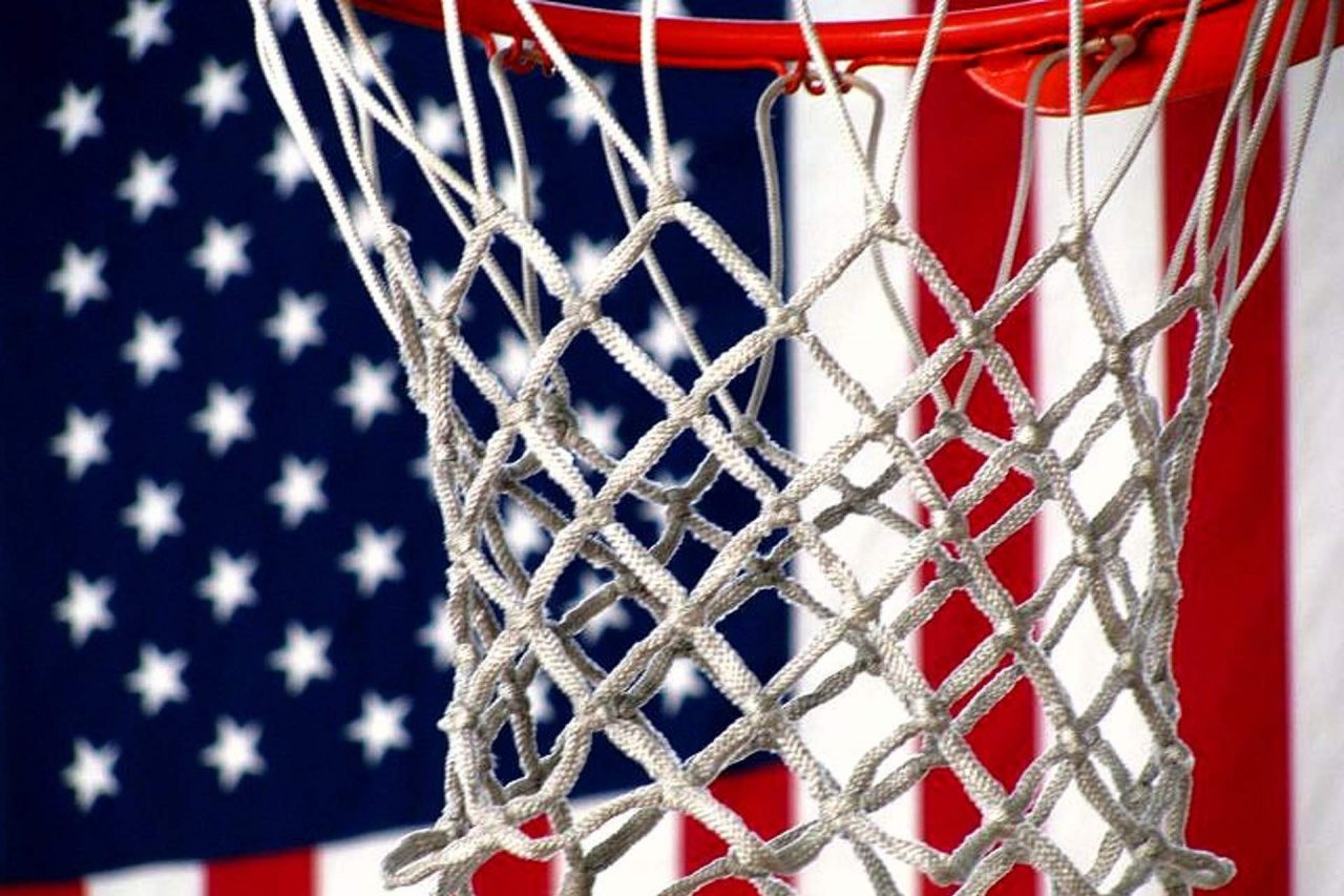 https://thetexan.news/wp-content/uploads/2021/05/Star-Spangled-Banner-Protection-Act-Basketball-Hoop-and-American-Flag-1280x853.jpg