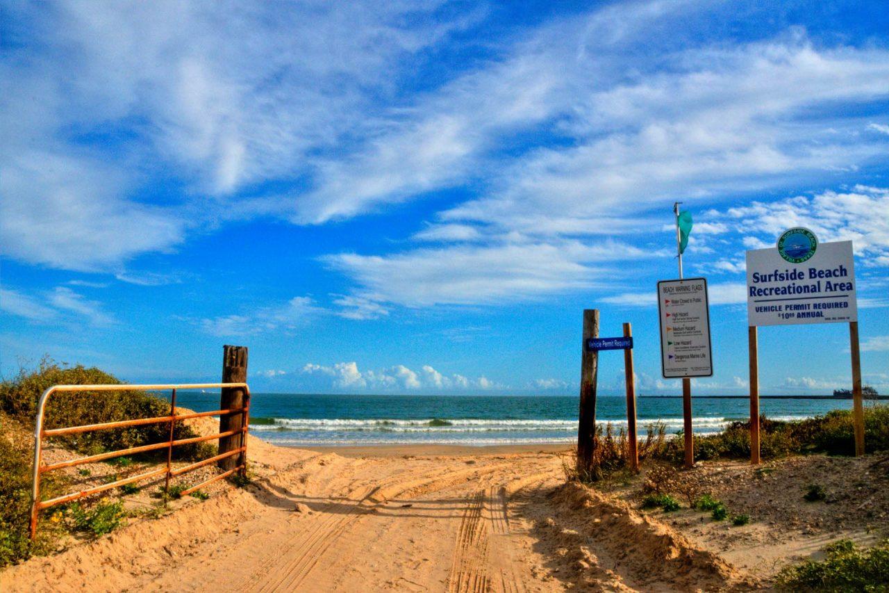 https://thetexan.news/wp-content/uploads/2021/05/Surfside-Beach-Houston-1280x853.jpg