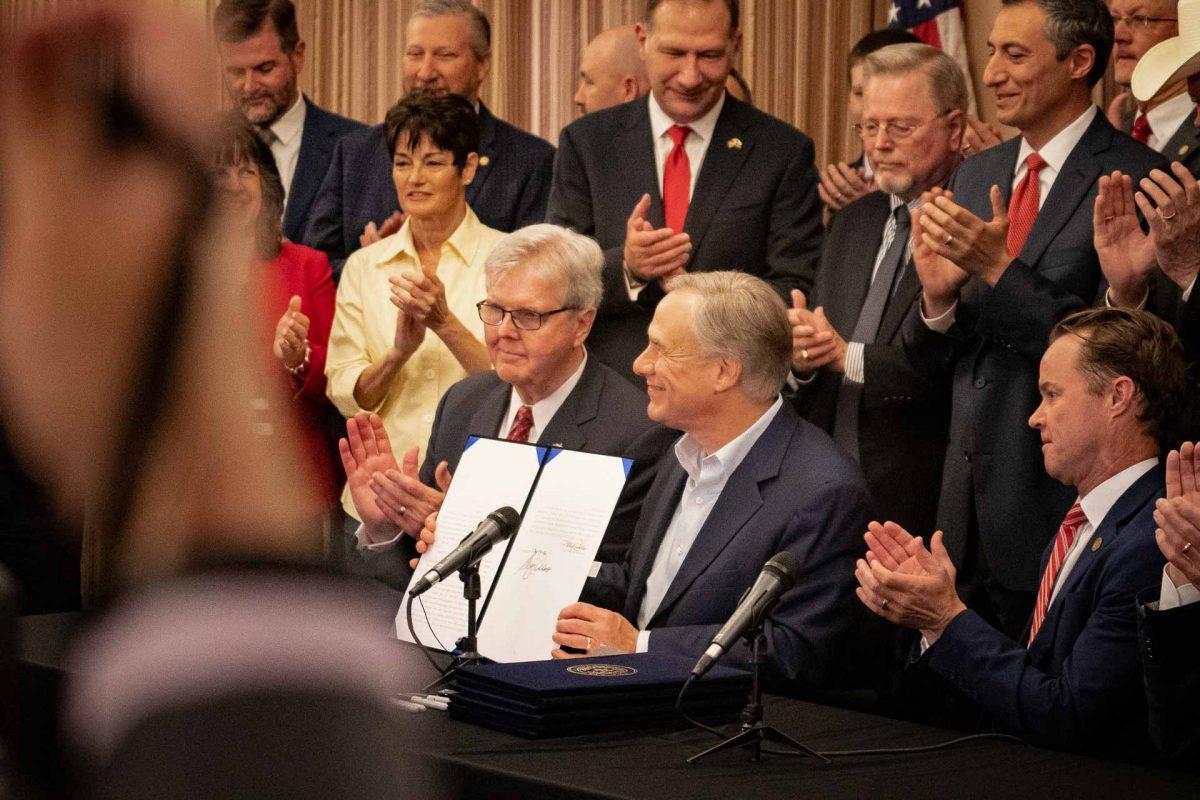 Gov. Abbott Signs Second Amendment Sanctuary, Hotel Carry, Constitutional Carry Bills at Alamo Ceremony