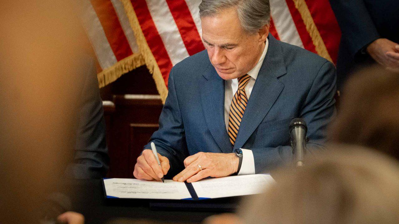 https://thetexan.news/wp-content/uploads/2021/06/Abbott-Signing-ERCOT-and-PUC-Reform-Bills-DF-2-1280x720.jpg
