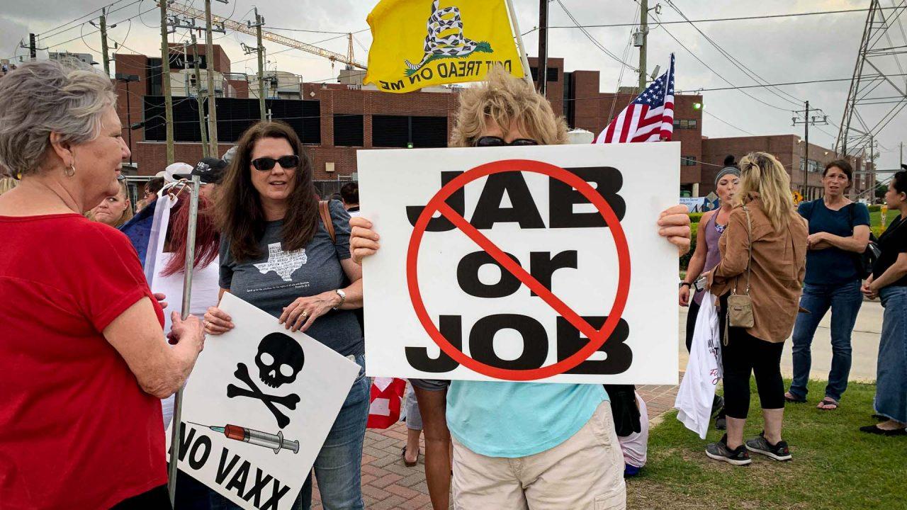https://thetexan.news/wp-content/uploads/2021/06/Houston-Hospital-Vaccine-Protest-HH-1280x720.jpg