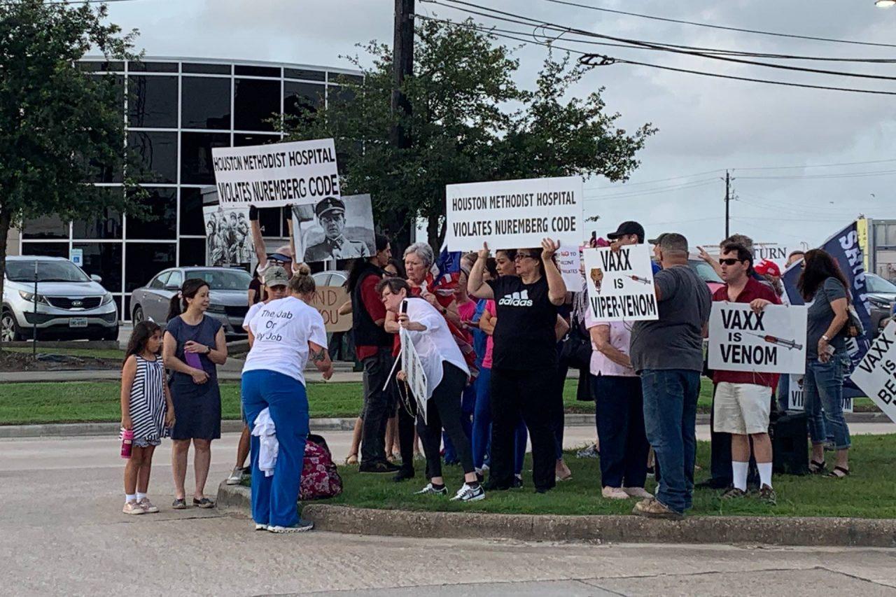 https://thetexan.news/wp-content/uploads/2021/06/Houston-Methodist-Hospital-Employee-Vaccine-Mandate-Walkout-Protest-HH-1280x853.jpg