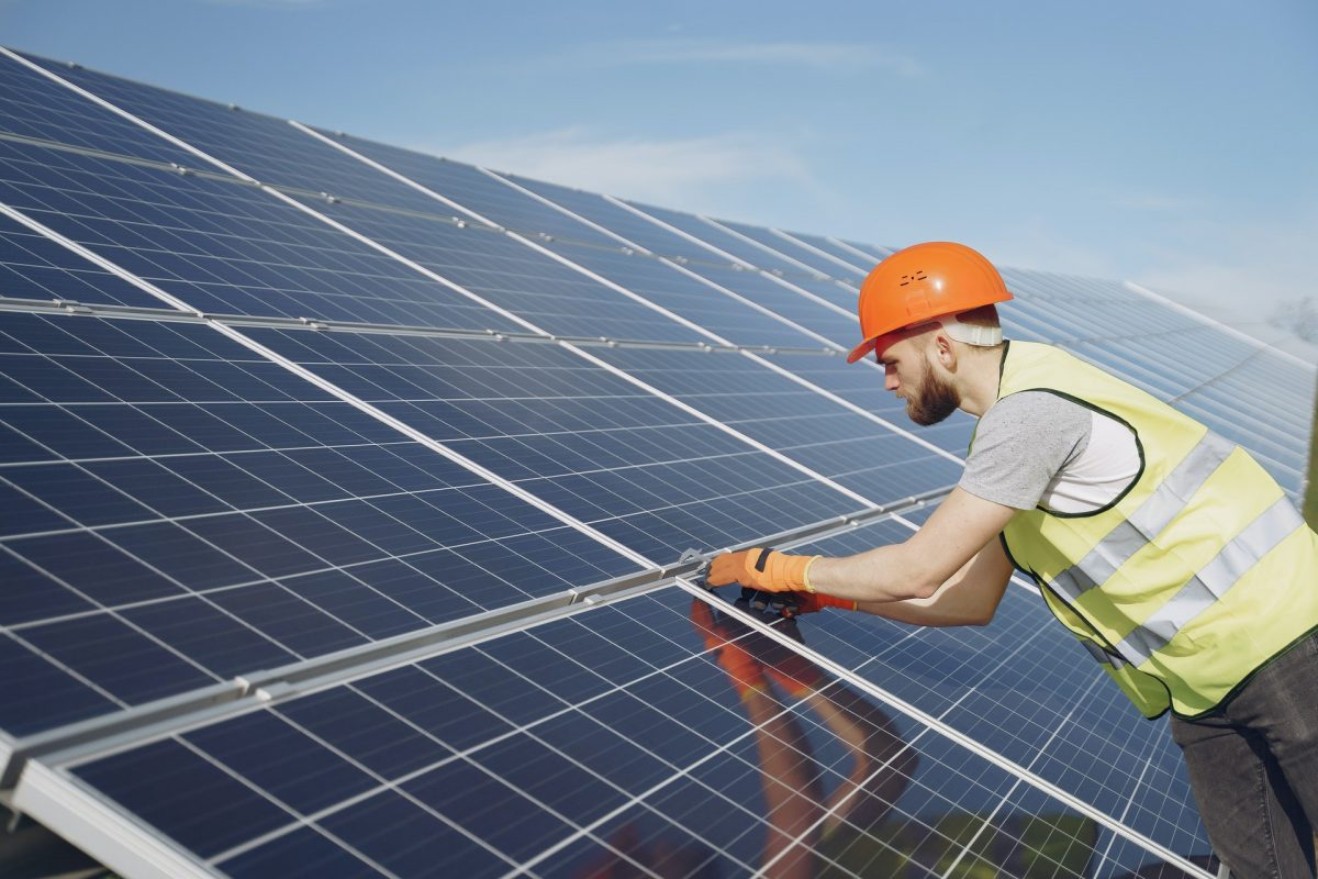 Smithville ISD Grants $170 Million Tax Break for Solar Project Promising to Create Two Jobs