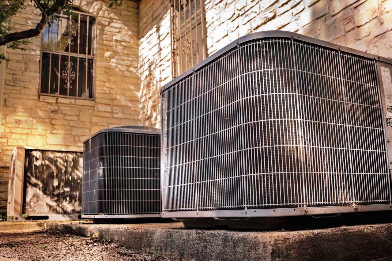 https://thetexan.news/wp-content/uploads/2021/07/ERCOT-PUC-Summer-Heat-Texas-Air-Conditioning-Power-Grid-1280x853.jpg